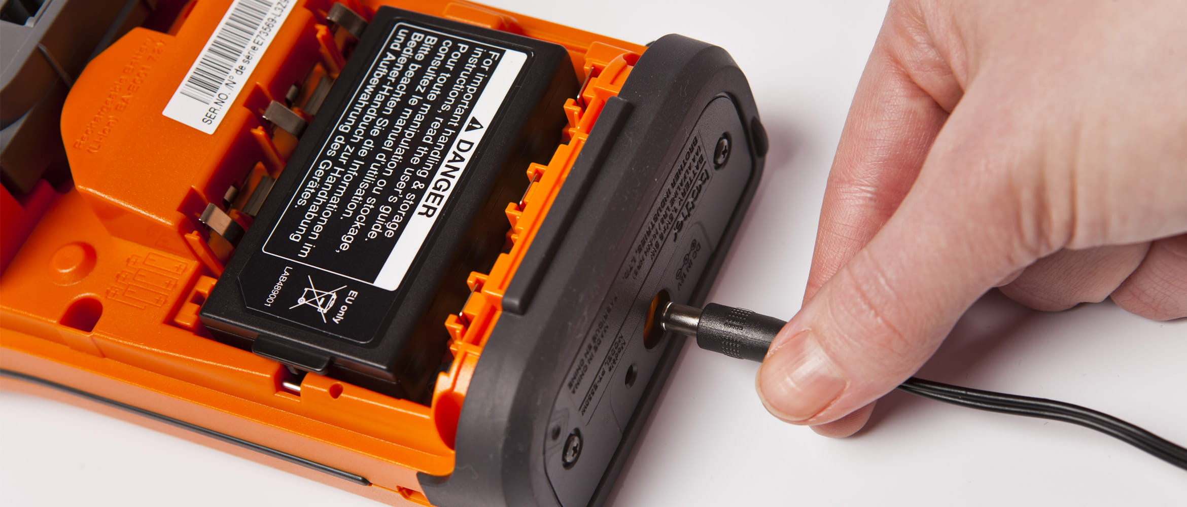 Brother-labelling-electrician-how-to-use-videos
