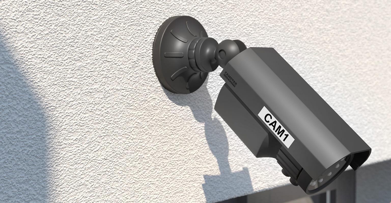 Varnostna kamera CTV, označena s trajno obstojno nalepko Brother P-touch