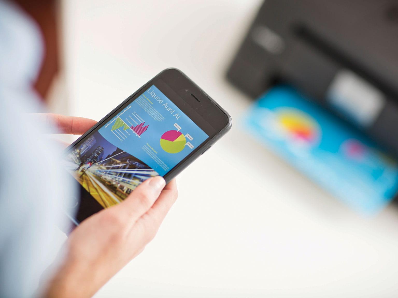 manjša-podjetja-poslovne-rešitve-iPrint-scan-tiskanje-prek-telefona